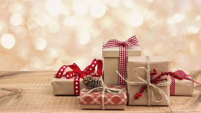 our changer des parfums d'ambiance classique, offrez à vos proches pour Noël une initiation au Thiouraye. Ils vont adorer ce petit présent ultra original